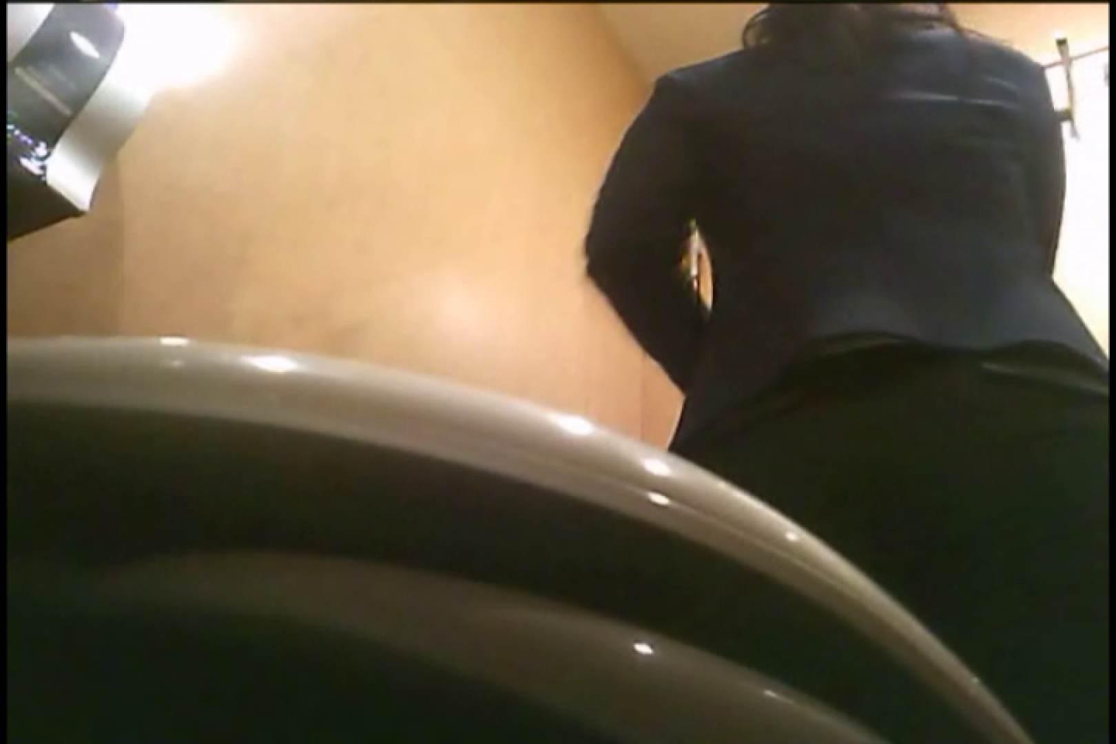 潜入!!女子化粧室盗撮~絶対見られたくない時間~vo,3 盗撮師作品  75pic 45
