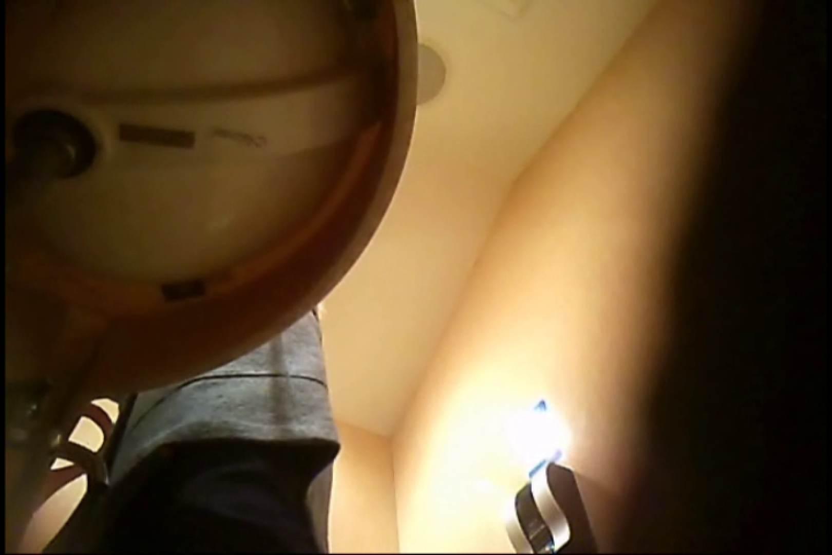 潜入!!女子化粧室盗撮~絶対見られたくない時間~vo,12 盗撮師作品   潜入突撃  104pic 96