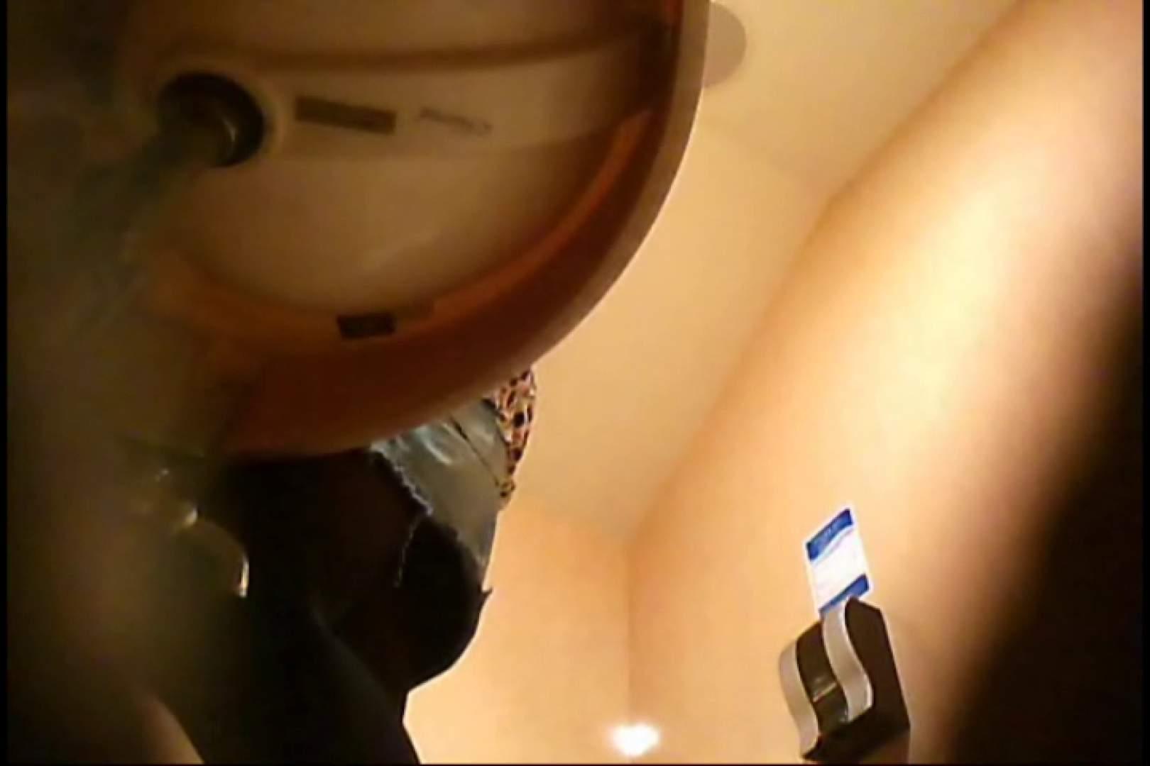 潜入!!女子化粧室盗撮~絶対見られたくない時間~vo,15 お姉さん丸裸   トイレ突入  87pic 7