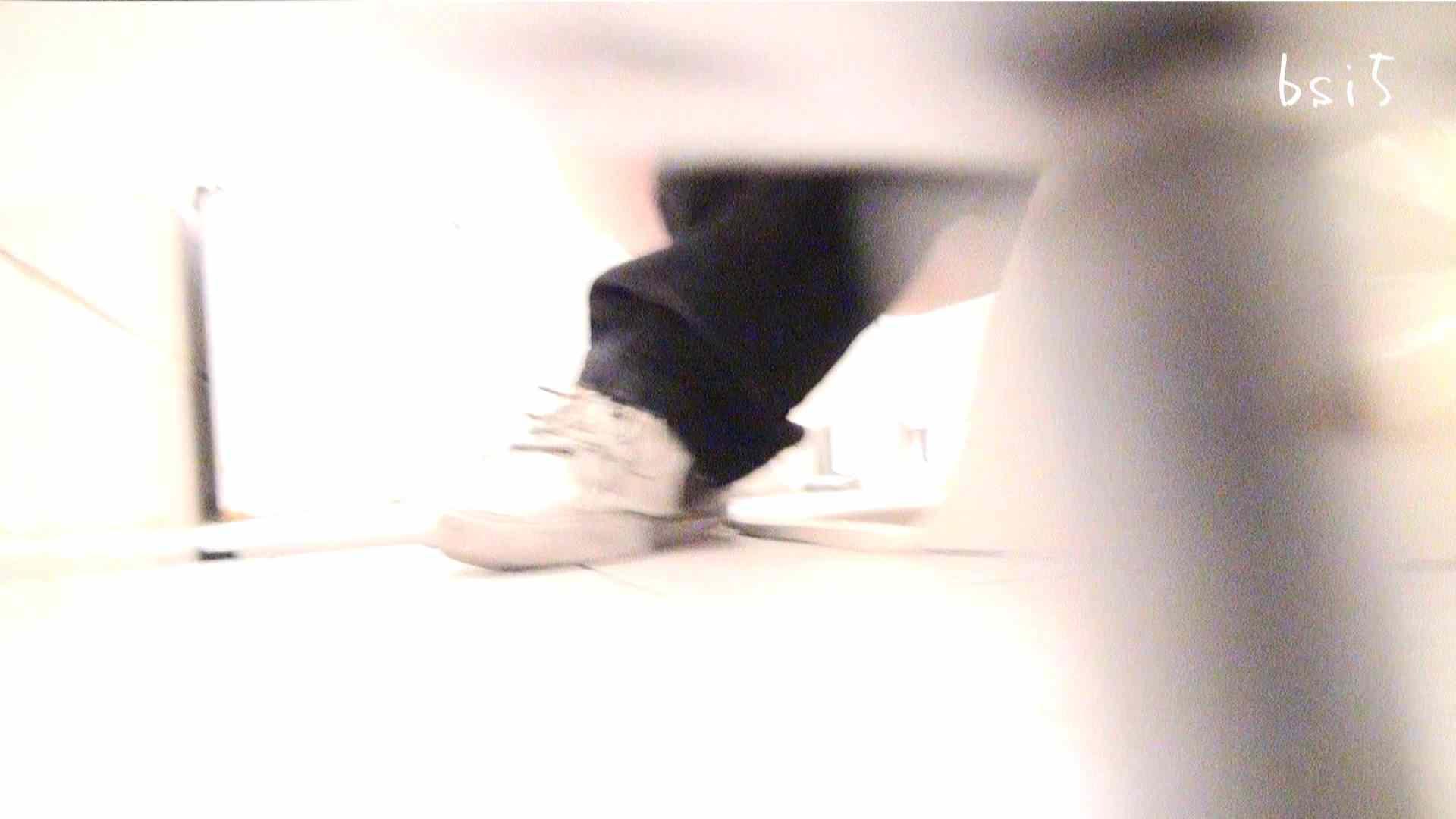 至高下半身盗撮-PREMIUM-【院内病棟編 】 vol.05 盗撮師作品 | 美しいOLの裸体  75pic 51