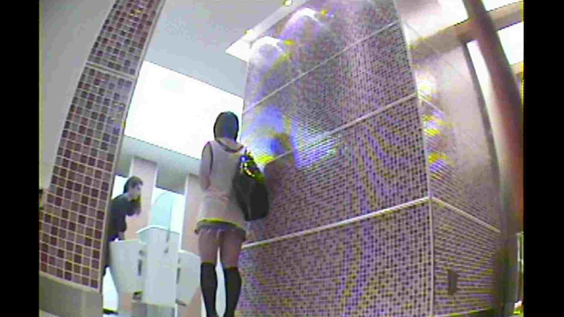 お漏らし寸前デパトイレ盗撮!Vol.01 美しいOLの裸体 エロ無料画像 71pic 2