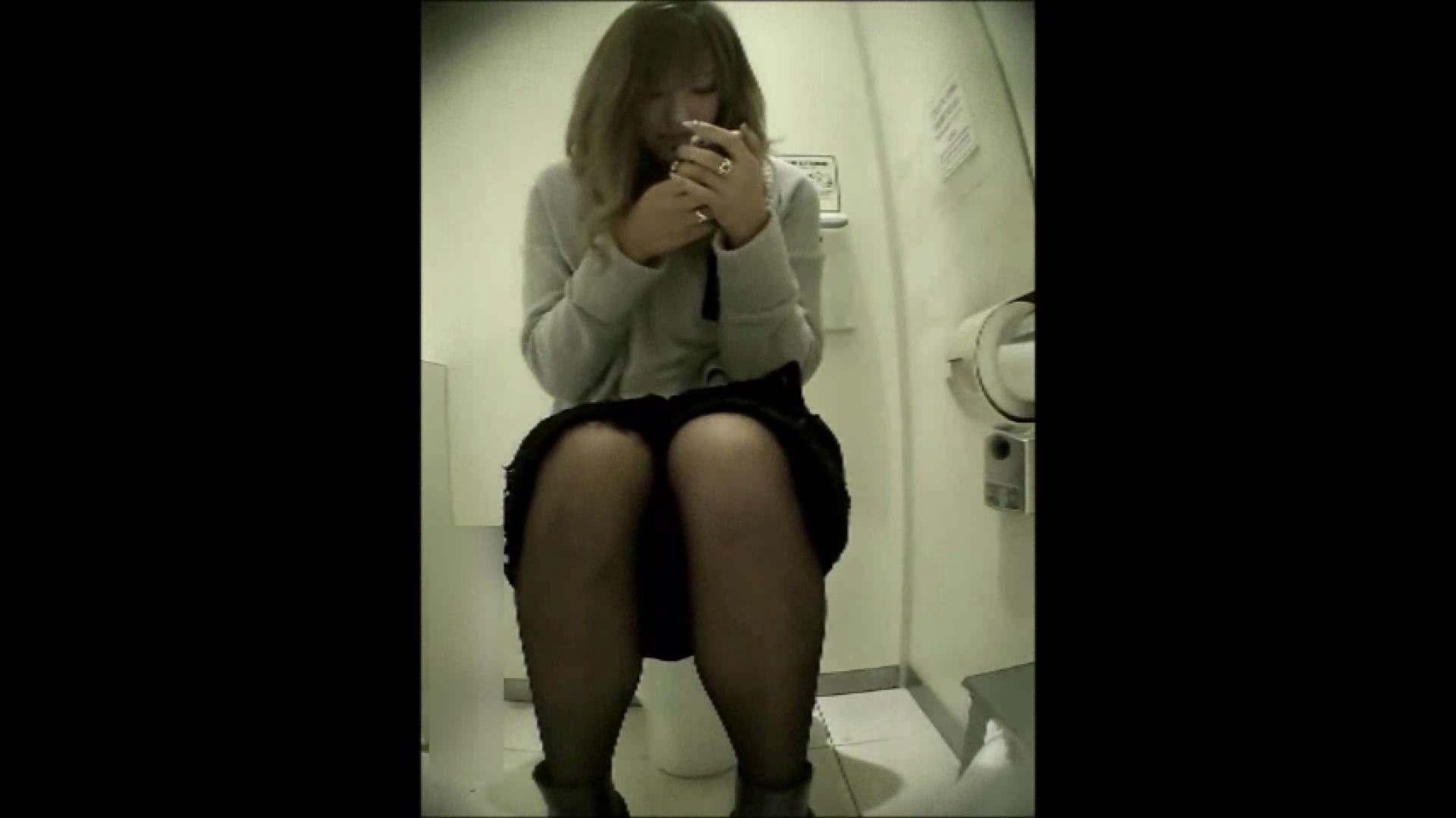 洗面所盗撮~隣の美人お姉さんVol.12 お漏らし のぞき動画画像 107pic 35