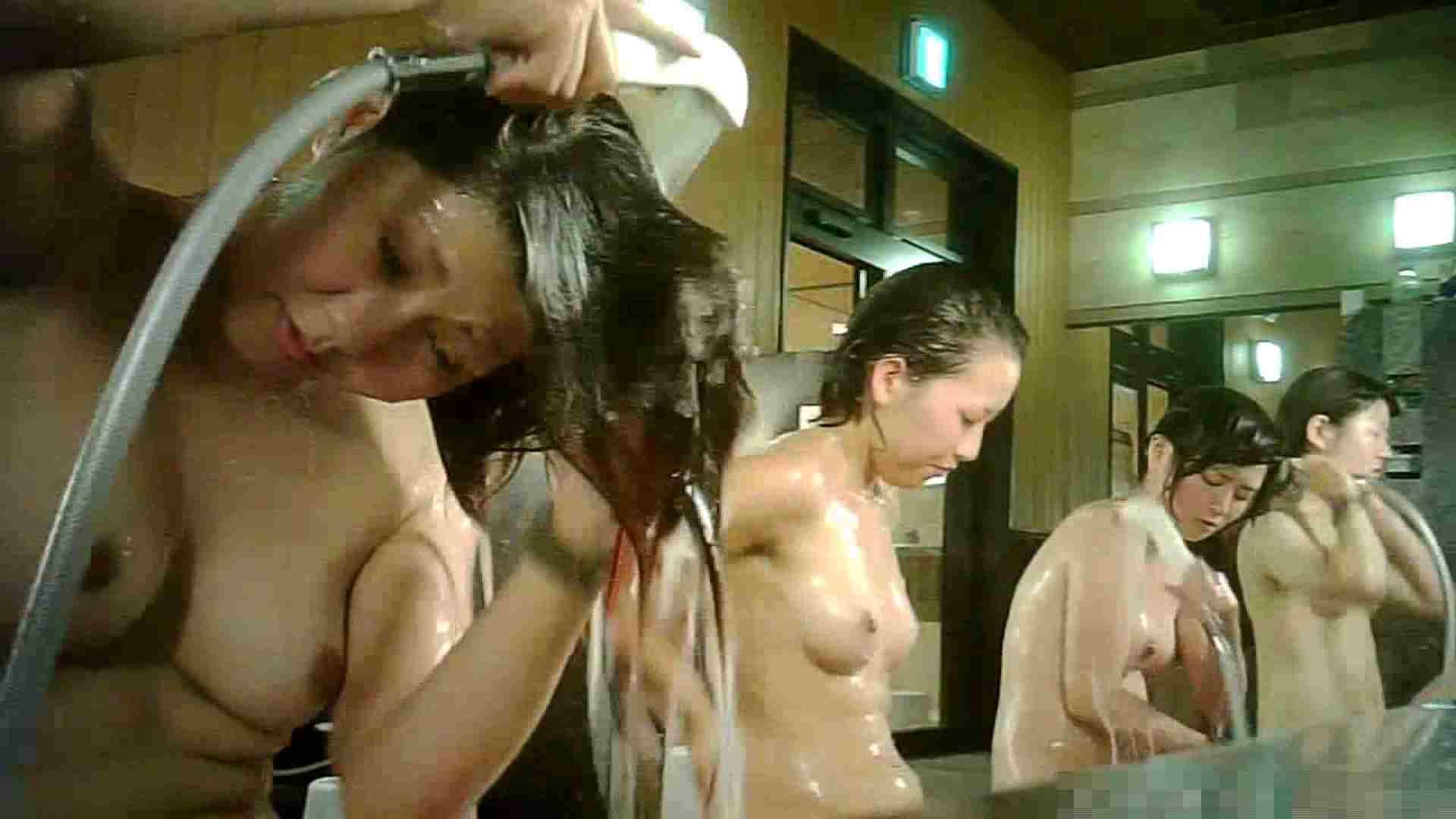 手を染めてしまった女性盗撮師の女風呂潜入記 vol.007 銭湯 | 脱衣所  69pic 43