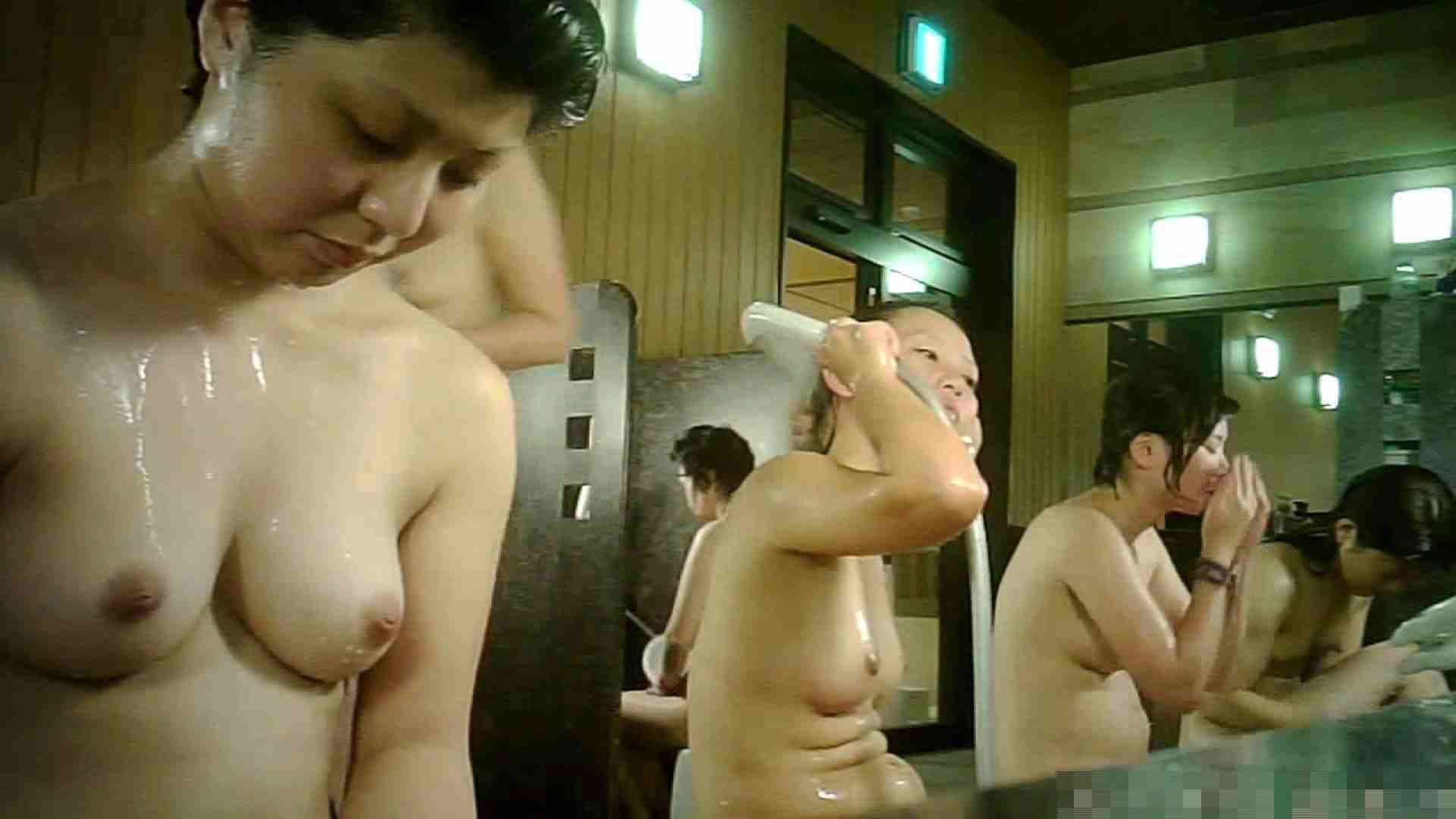手を染めてしまった女性盗撮師の女風呂潜入記 vol.007 銭湯 | 脱衣所  69pic 57