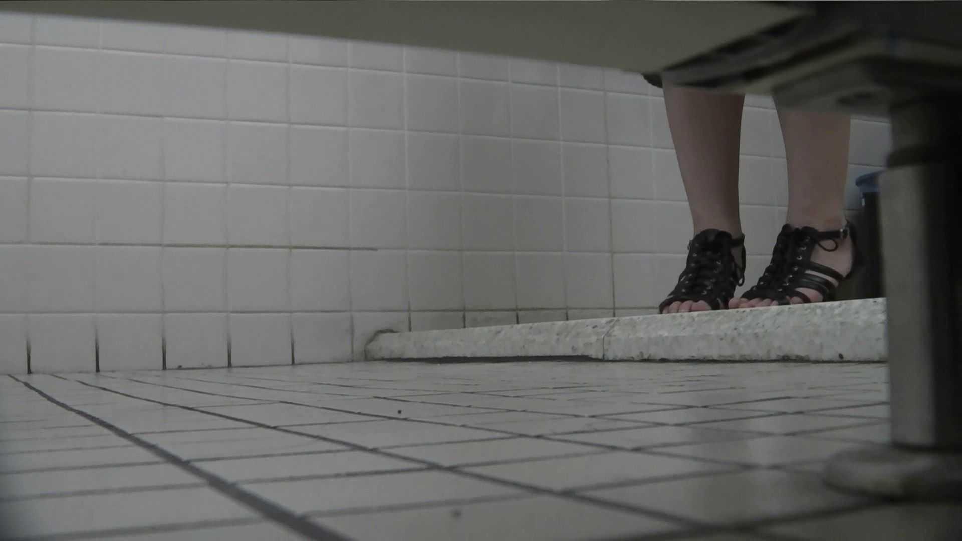 vol.20 命がけ潜伏洗面所! 清楚系可愛いギャル 美しいOLの裸体 エロ無料画像 85pic 32