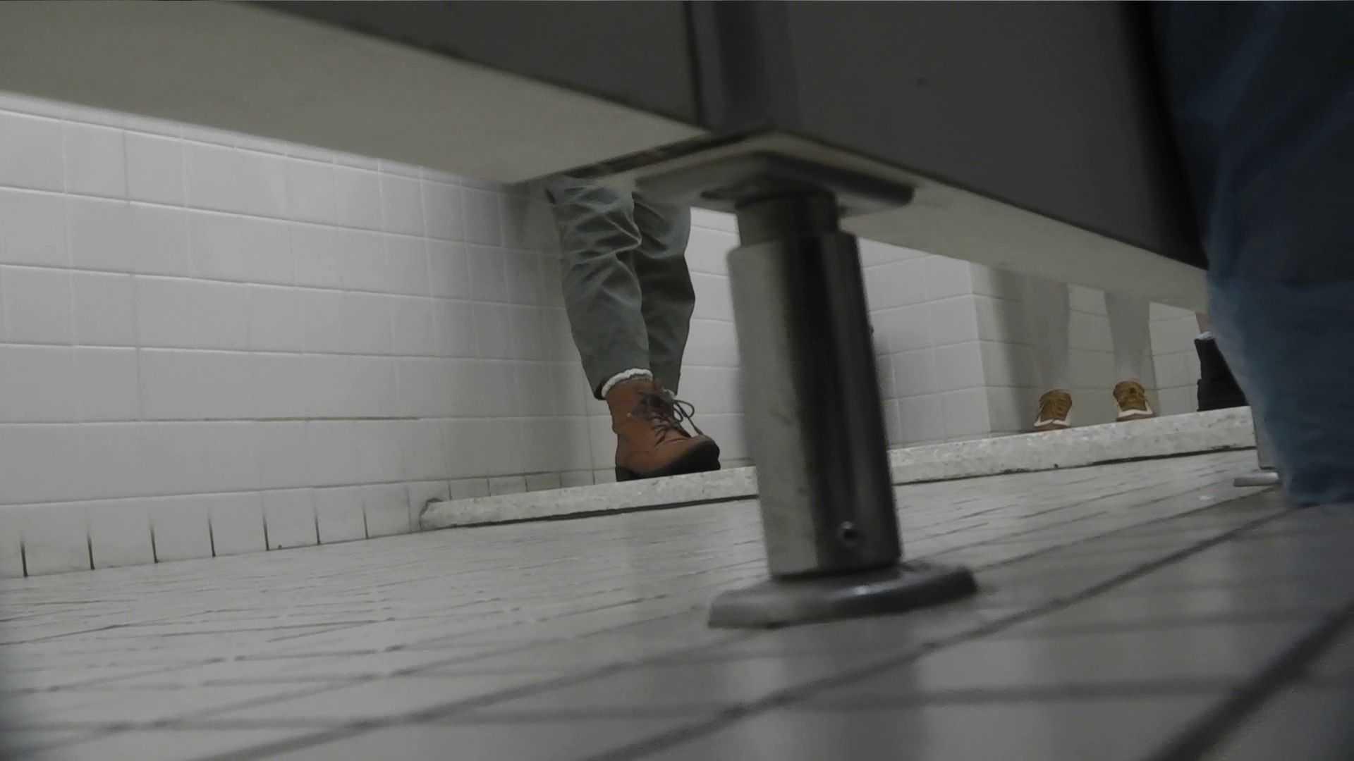 vol.21 命がけ潜伏洗面所! ナイスな和式バックショット 和式トイレ | 美しいOLの裸体  102pic 37