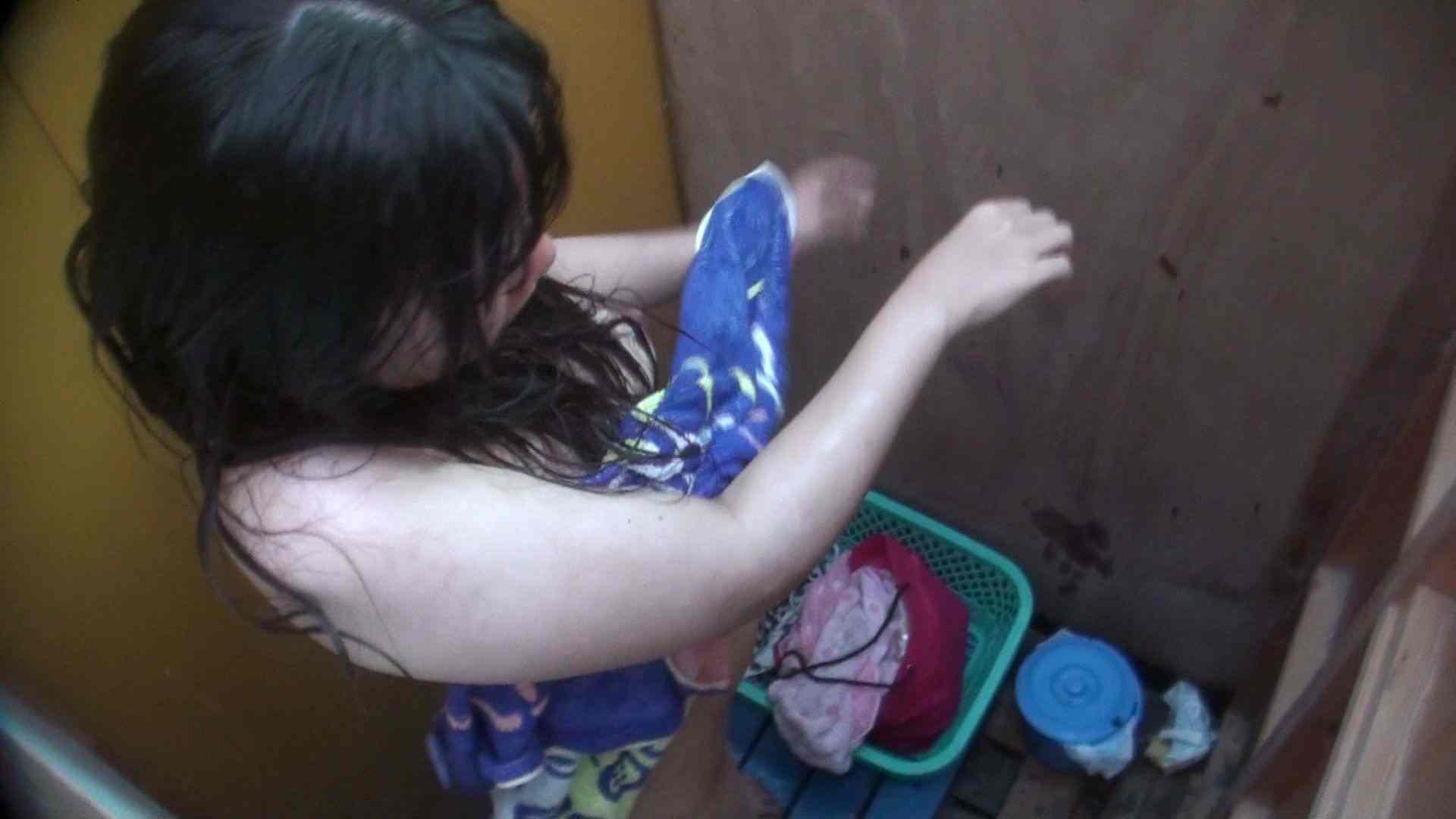 シャワールームは超!!危険な香りVol.13 ムッチムチのいやらしい身体つき シャワー 盗撮動画紹介 76pic 44