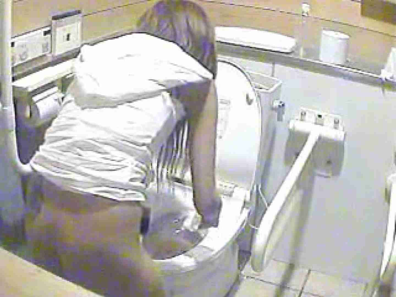 水着ギャル洋式洗面所 Vol.1 排泄隠し撮り のぞき動画画像 83pic 82