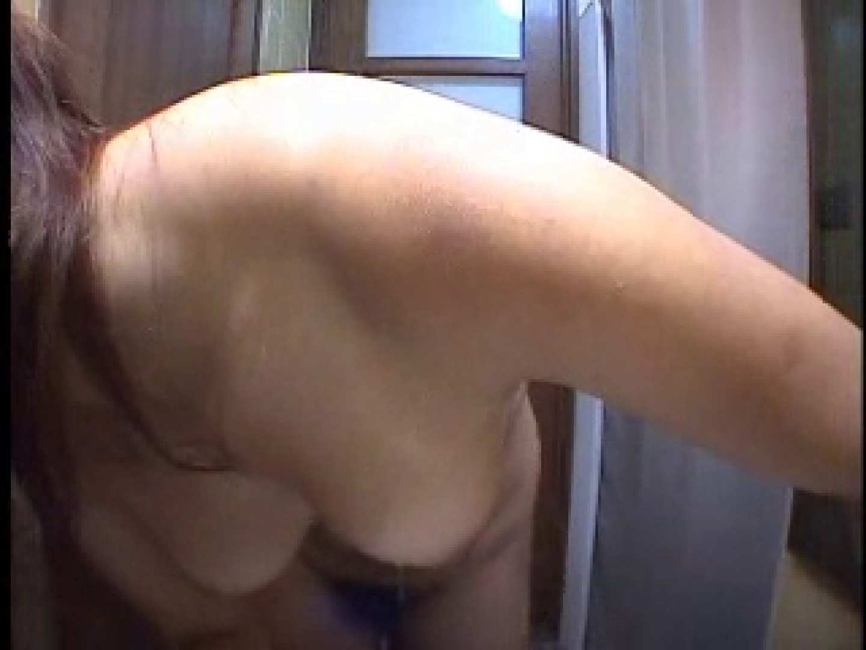 水着ギャルびっくり!! 洗面所盗撮Vol.1 美しいOLの裸体 AV動画キャプチャ 105pic 10