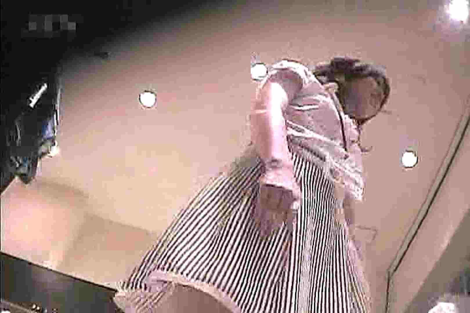ショップ店員のパンチラアクシデント Vol.9 盗撮師作品  76pic 8