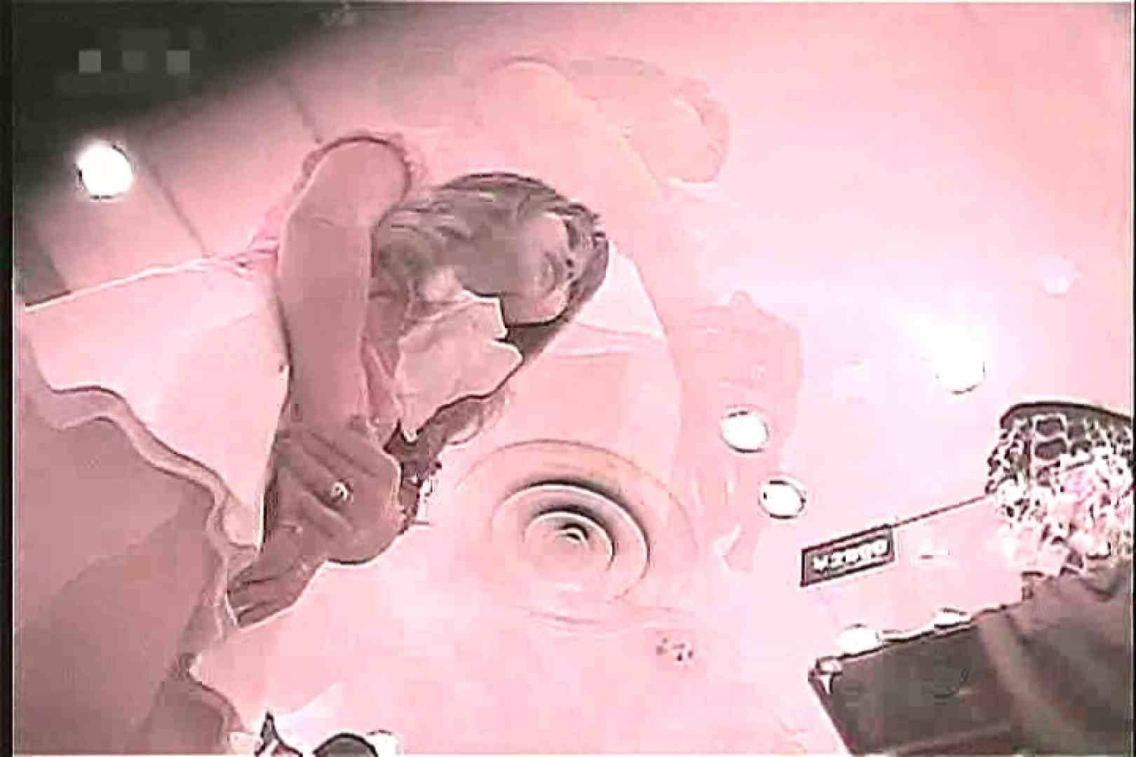 ショップ店員のパンチラアクシデント Vol.13 美しいOLの裸体 | 新入生パンチラ  94pic 26