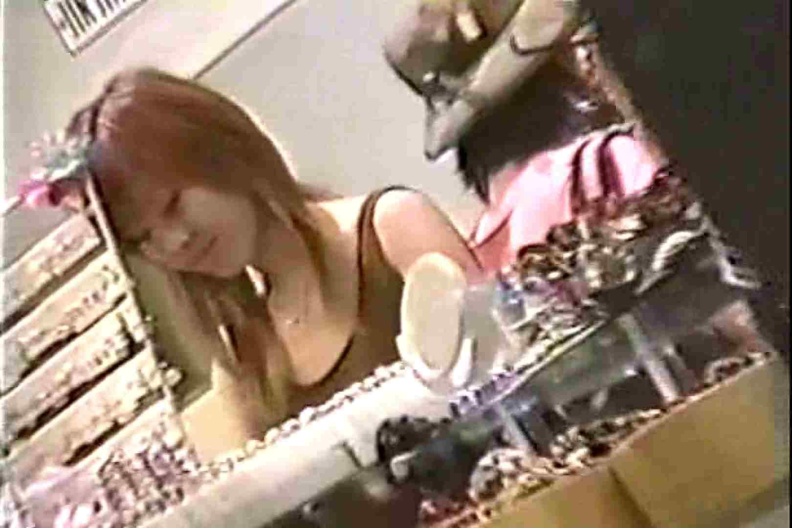 「ちくりん」さんのオリジナル未編集パンチラVol.6_02 美しいOLの裸体 盗み撮り動画キャプチャ 71pic 2