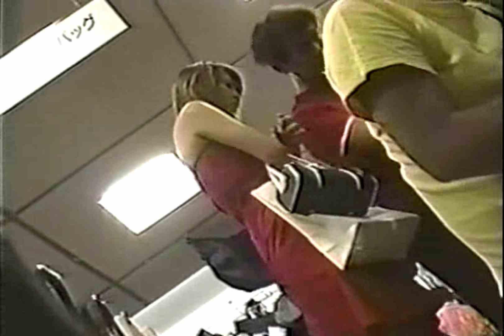「ちくりん」さんのオリジナル未編集パンチラVol.6_02 美しいOLの裸体 盗み撮り動画キャプチャ 71pic 35