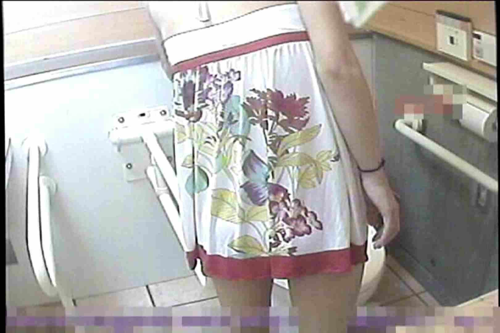 2点盗撮洗面所潜入レポートVol.7 洋式固定カメラ編 盗撮師作品   美しいOLの裸体  91pic 37