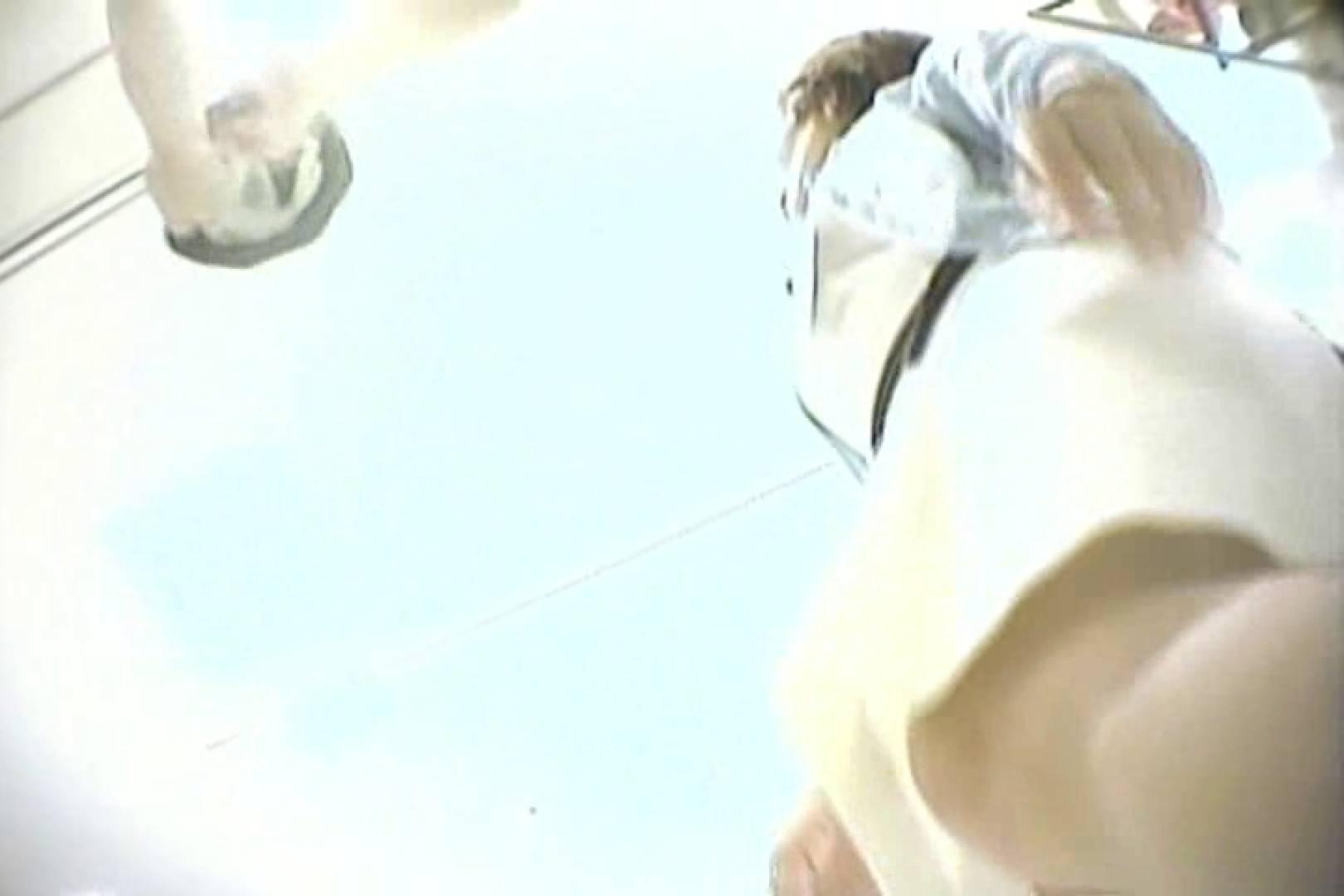 デパートローアングル徘徊 靴カメ盗撮Vol.10 お姉さん丸裸 AV無料動画キャプチャ 70pic 36