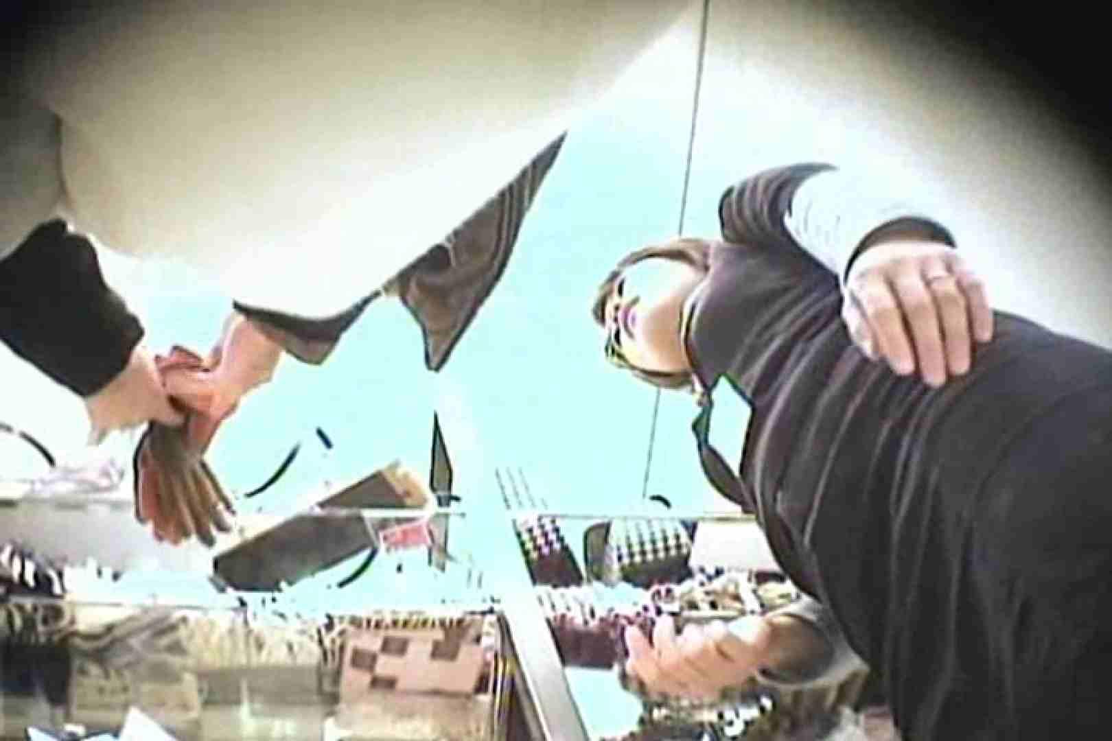 デパートローアングル徘徊 靴カメ盗撮Vol.10 お姉さん丸裸 AV無料動画キャプチャ 70pic 44