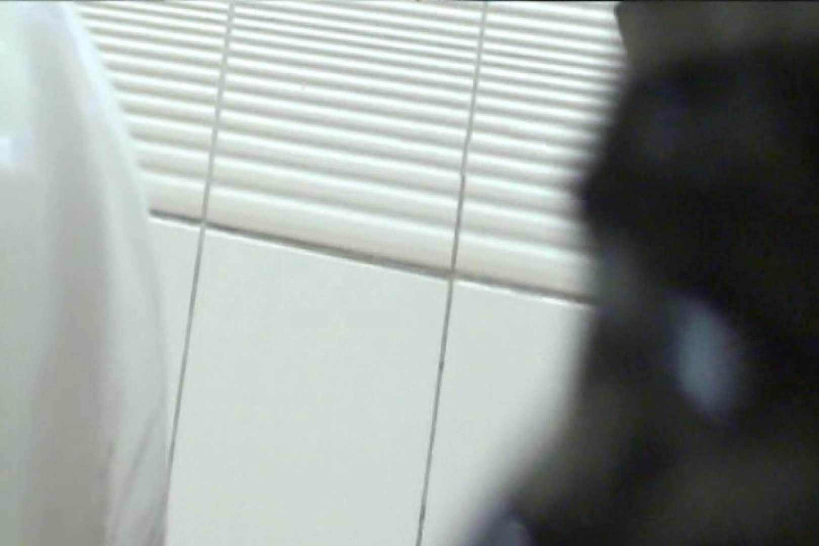 マンコ丸見え女子洗面所Vol.22 洗面所突入 スケベ動画紹介 72pic 47
