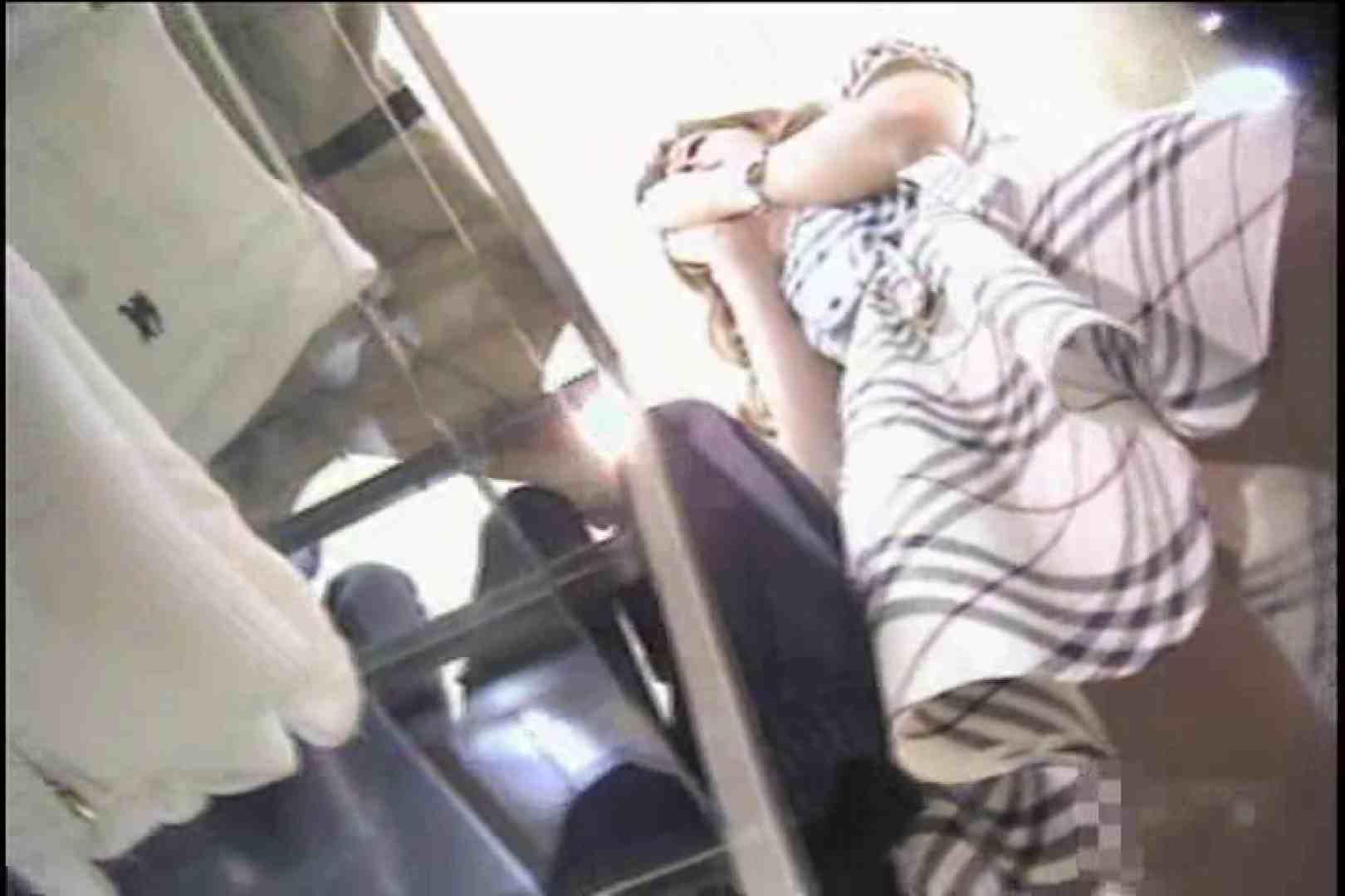 ショップギャルパンチラ!ただ今接客中!!Vol.3 美しいOLの裸体 盗み撮り動画キャプチャ 90pic 86
