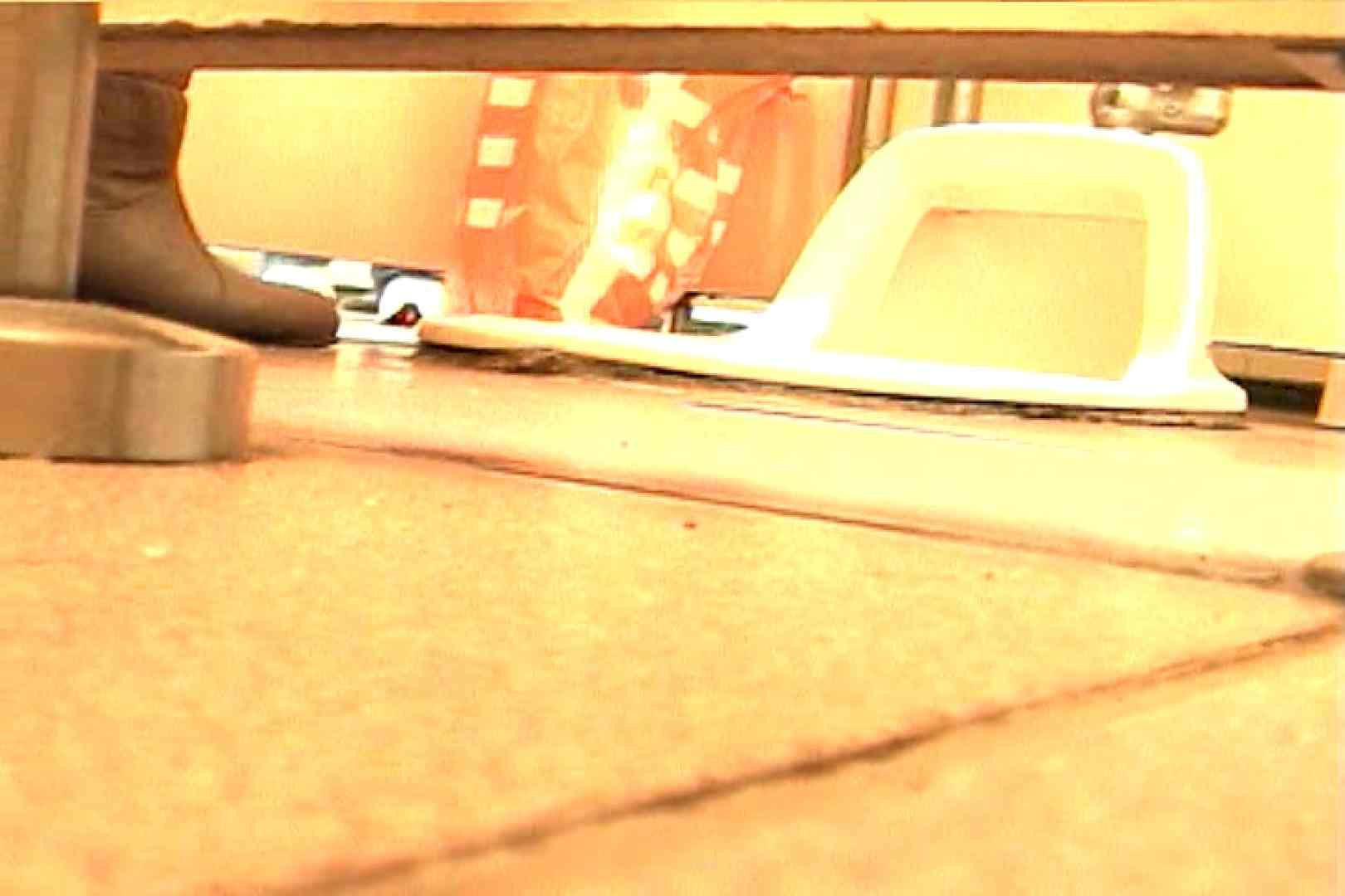 マンコ丸見え女子洗面所Vol.43 洗面所突入 オメコ無修正動画無料 77pic 50