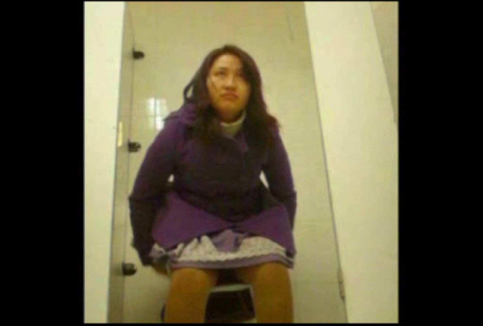洗面所で暗躍する撮師たちの潜入記Vol.4 和式トイレ   美しいOLの裸体  107pic 6