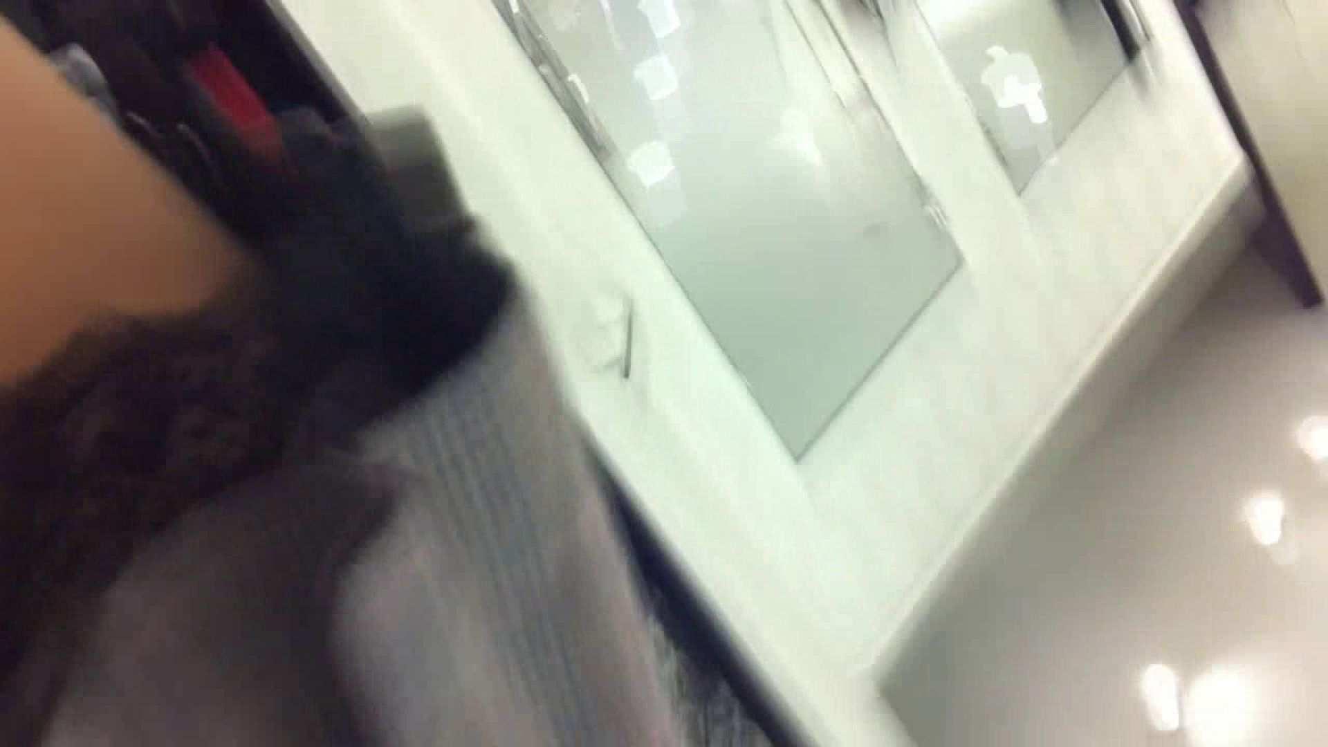 フルHD ショップ店員千人斬り! 大画面ノーカット完全版 vol.83 接写 盗撮動画紹介 82pic 48